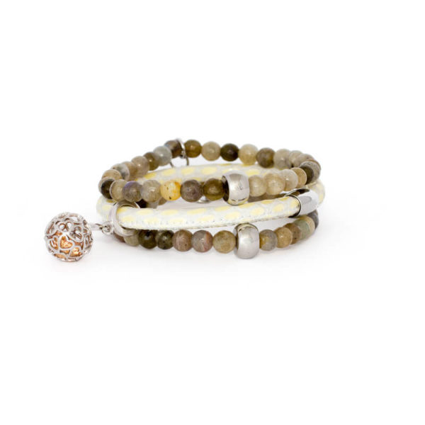 Cream Agate Love Apple Bracelet Stack